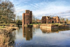 Kirby Muxloe Castle by MichaelJTopley