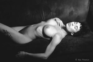 GlassOlive-6915-2 by GlamourStudios