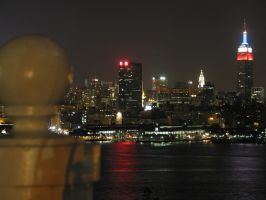 empire state building at night by zimxx