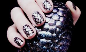 Spiderweb Nail Art Tutorial by RubyReminiscence