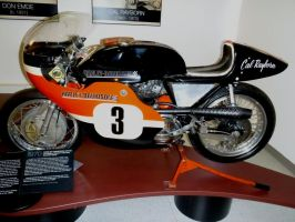 Cal Rayborn 1970 XR 750 HD Side by Caveman1a