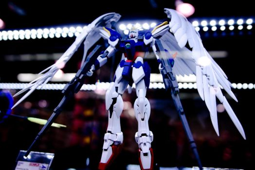 Wing Zero on Display by jetspectacular
