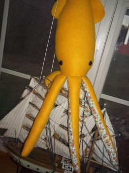 Adorable Yellow Giant Squid by SuperRainbowOctopus