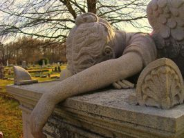 Weeping Angel HDR by TheAmericanNightmare