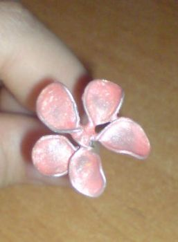 My first nail polish and wire flower by Aranel-Inglorion