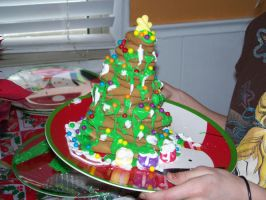 Ginger Bread Christmas Tree by flourpie