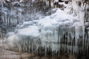 Icicles Everywhere by papatheo
