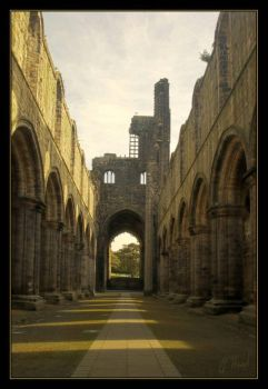Kirkstall Abbey by gerarduk62
