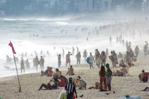 The mists of Ipanema 4 by r-assumpcao