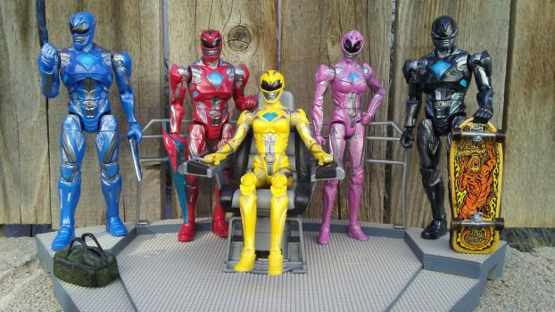 GO GO POWER RANGERS by Witchenboy13