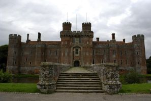 Herstmonceux Castle by quaddie