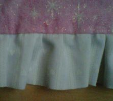 Upclose of pink sparkly with white hearts apron by crochetamommy