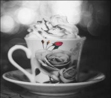 Cup by Makivka