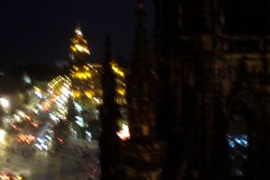 City Lights and Scott Monument by Winnoy