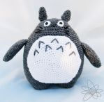 My neighbour Totoro by atomigurumi