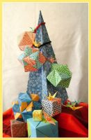 Origami Christmas in July by kinoethermes