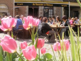 cafe in Lille by Lianne-Issa