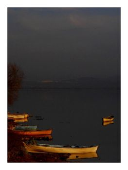 Boats in the evening by rahimyts