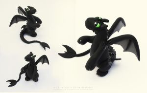 Toothless - multiple views by LitefootsLilBestiary