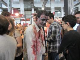 The walking dead zomibe by Lorenna95
