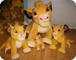 My Disney Store Simbas by DrOpDeAdShElLy