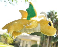 Like a Dragonite Flying High in the Sky by Lexiipantz