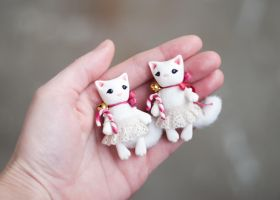 white cats by freedragonfly
