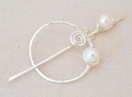 'Lana' Wire Wrapped Silver Shawl Pin w/ Pearls by BlackBlossomJewelry