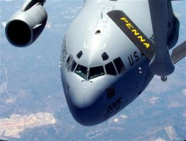 C-17 ready to refuel right sid by caboose11l2