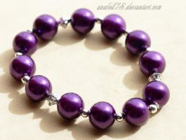 Bransoletka .purple and silver. by anabell18