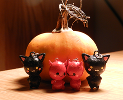 halloween charms by shesamonster
