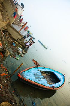 ganges ceremony by caveblue