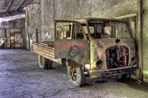 Rust and dust by SisuShots