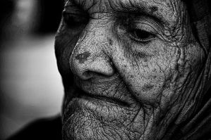 Old Woman by P-a-i-k-e-a