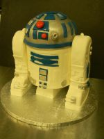 R2-D2 cake by see-through-silence