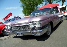 Cadillac Convertible by someoneabletofindana