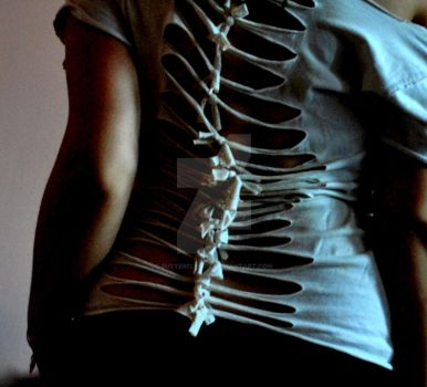 spine. by butterflysipa