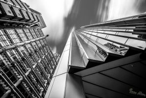 Lloyds Building vs The Willis Building by dynamick