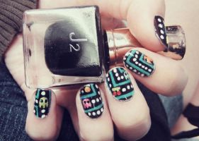 Pacman Nails by cheniie