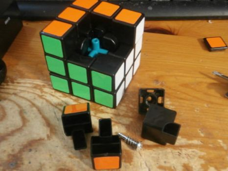 Cool cube 2 by michael123425