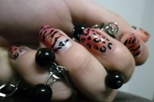 leopard tiger nails by Kimilovesyu