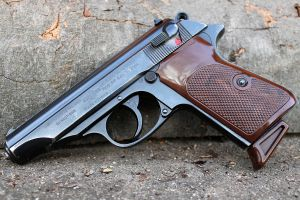 Manurhin Walther PP by PLutonius