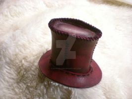 Mini Top Hat by davehalleng