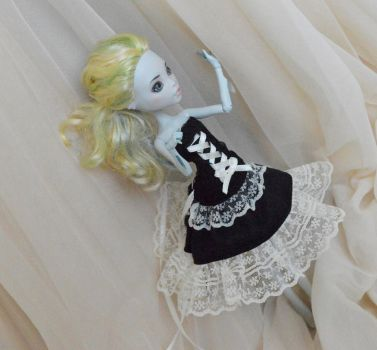 Black and ivory Lagoona by ceressiass