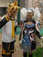 Anime Expo Day 3-  Melia and len Kagamine by MidnightLiger0