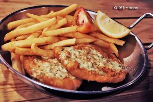 Manhattan Fish n Chips by viennidemizerable