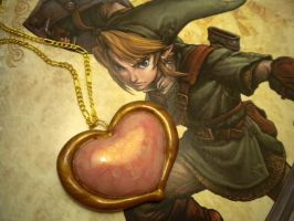 LoZ Heart Container Necklace by Noviel