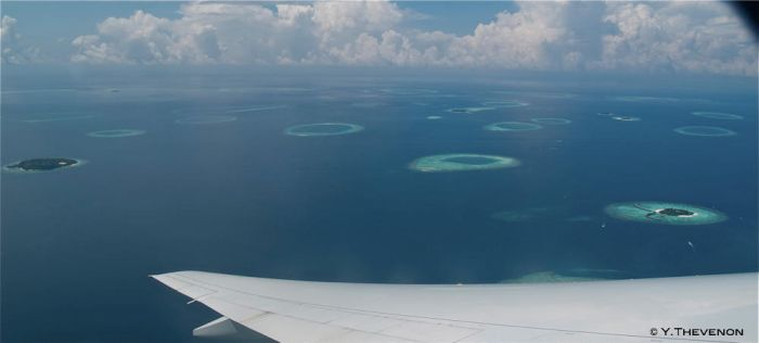 Maldives from the sky by rhoben