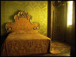The Golden Light Bed by K-ayu