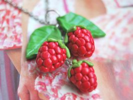 Raspberry Necklace by Madizzo